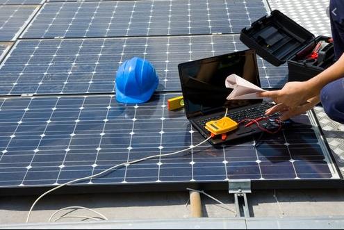 entretient de panneau solaire