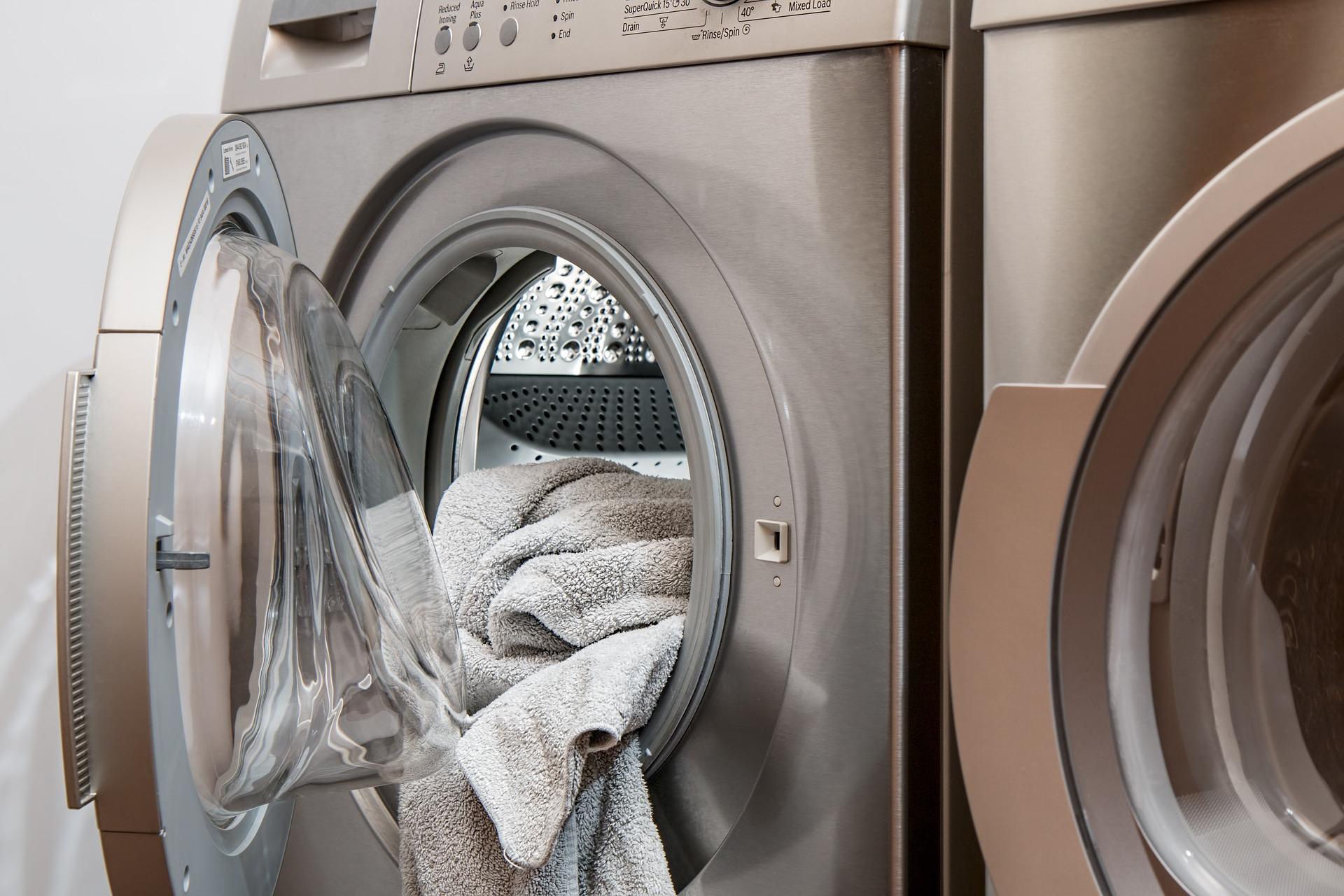 4 conseils pour le déplacement d'une laveuse et d'une sécheuse